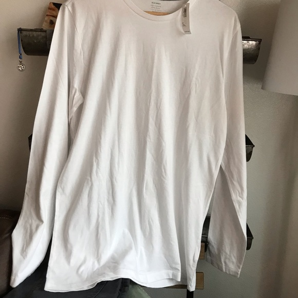Old Navy Other - New Old Navy long sleeve crew neck